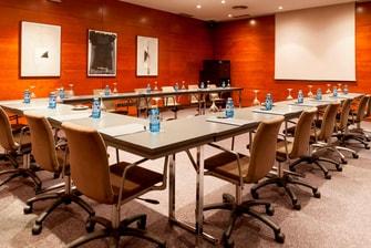 Hotel Marriott con salas de reunión