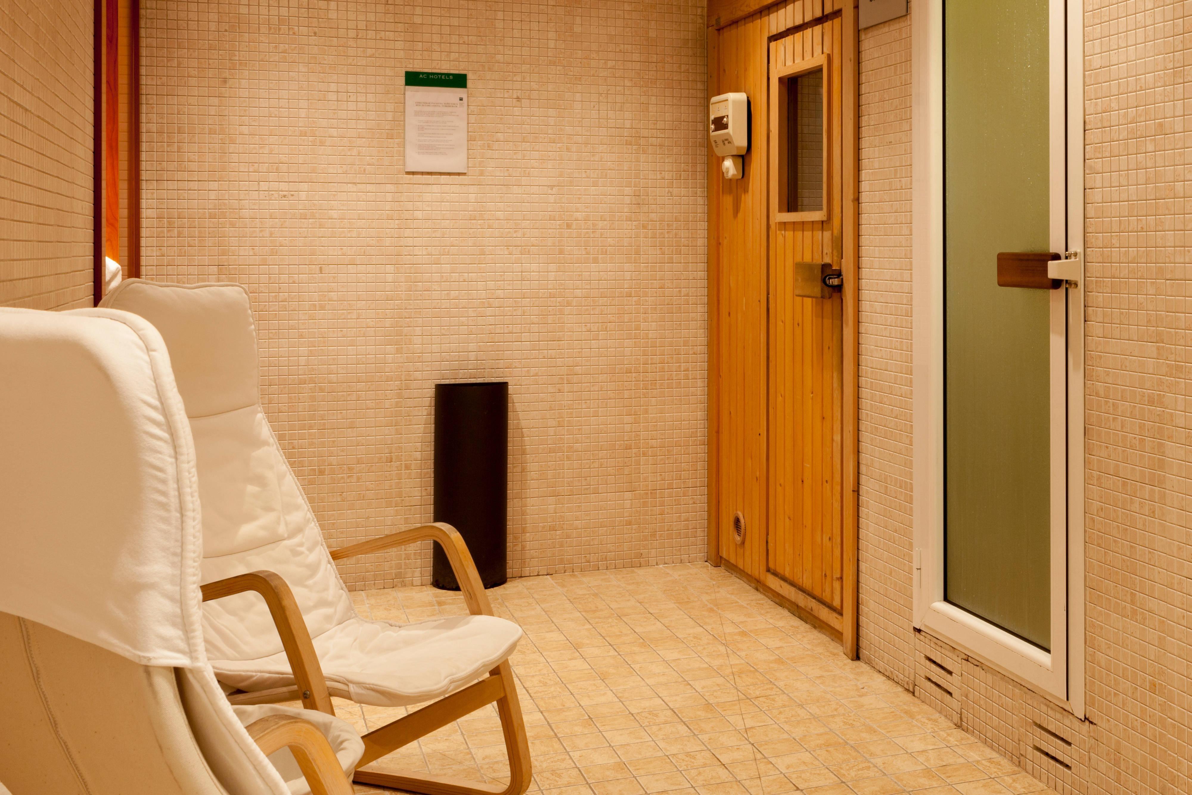 Sauna in Madrid hotel
