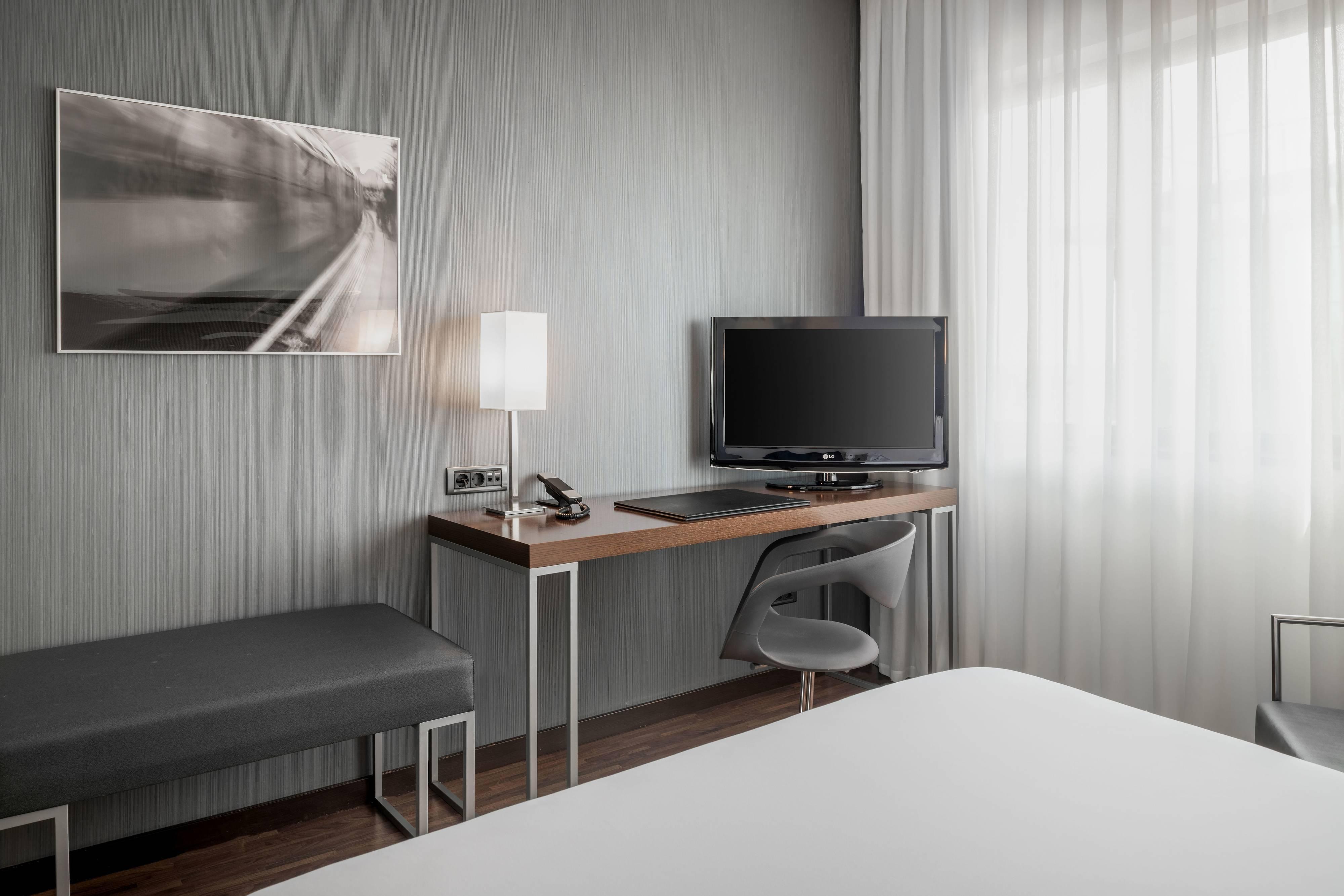Standard & Triple Guest Room