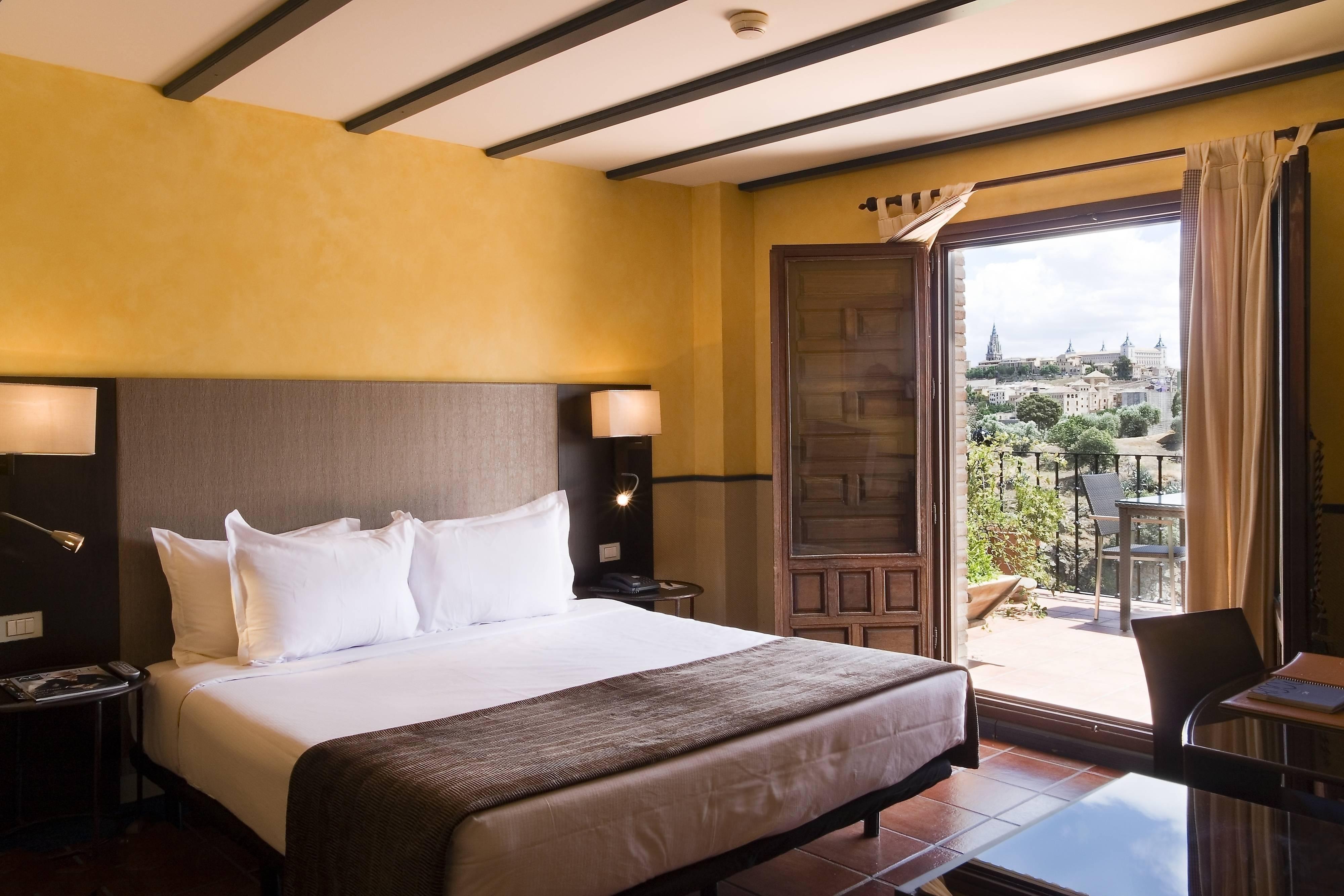 Habitaciones superiores en hotel de Toledo