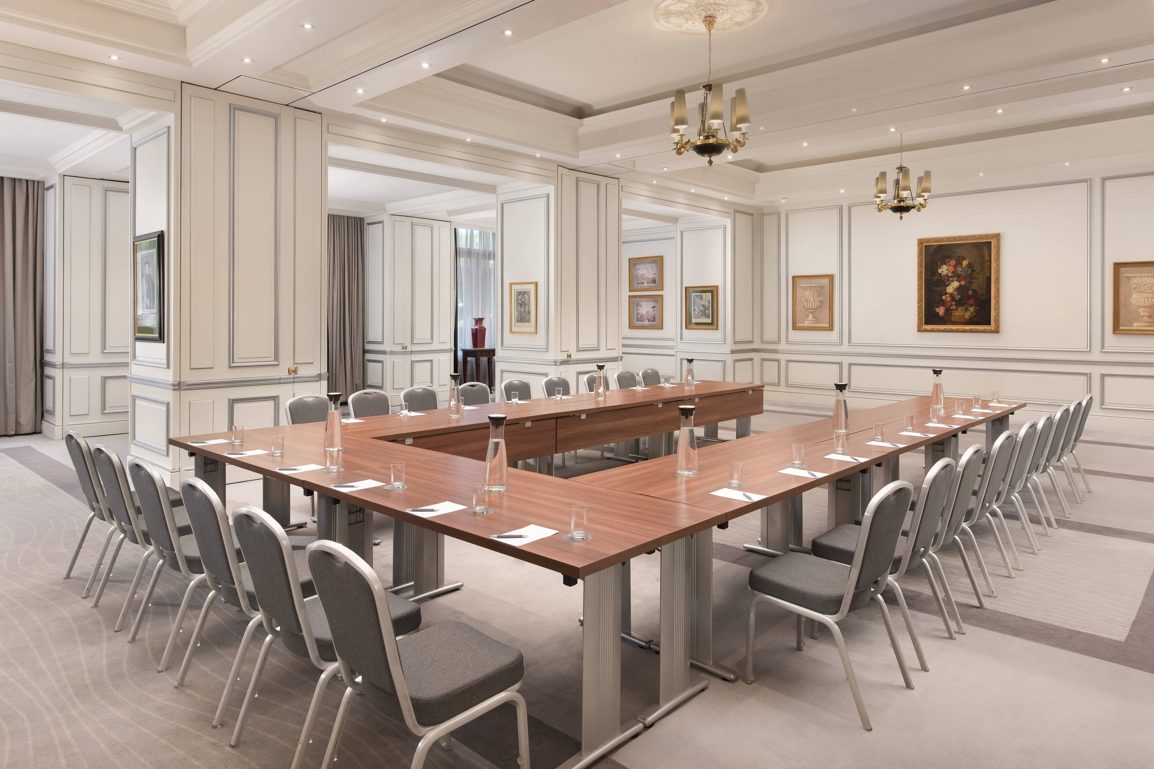 Cortes Meeting Room
