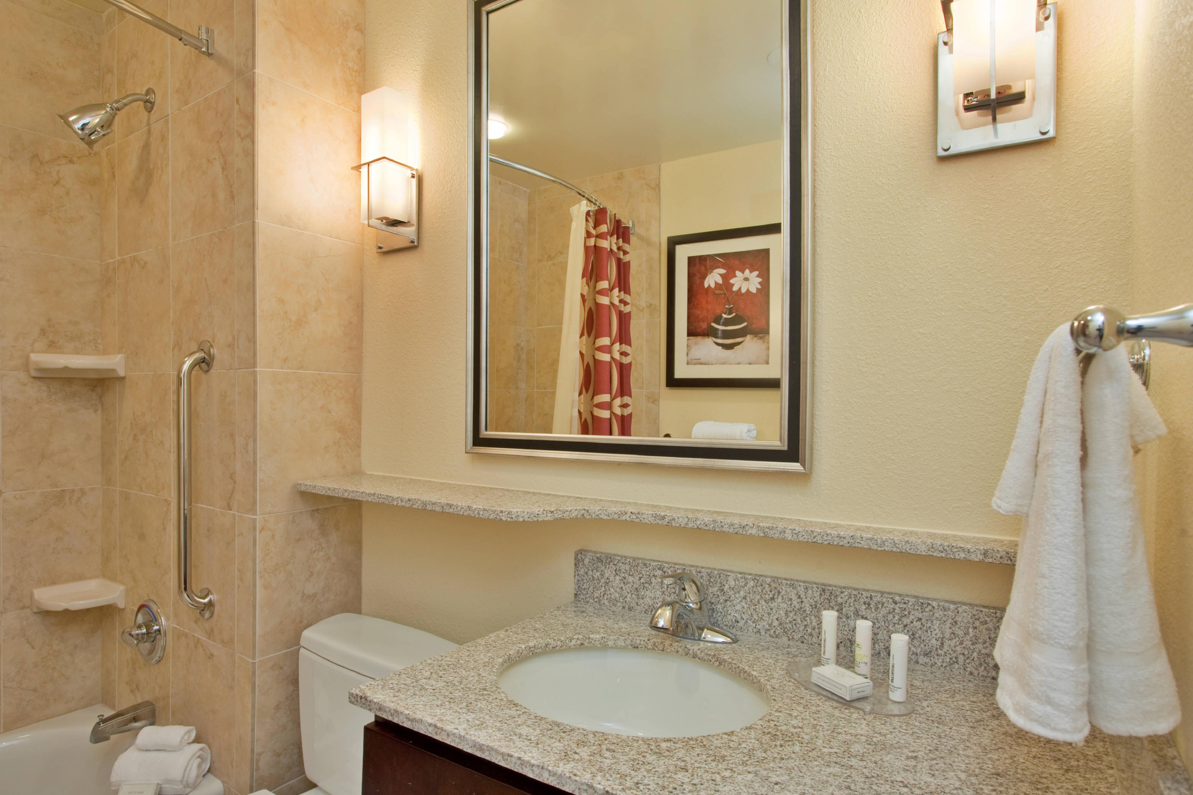 Midland hotel guest bathroom
