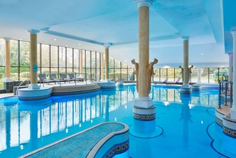 Hotels near manchester airport manchester airport marriott hotel for Manchester airport hotels with swimming pool