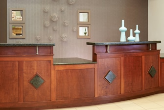 Saginaw Michigan hotel front desk