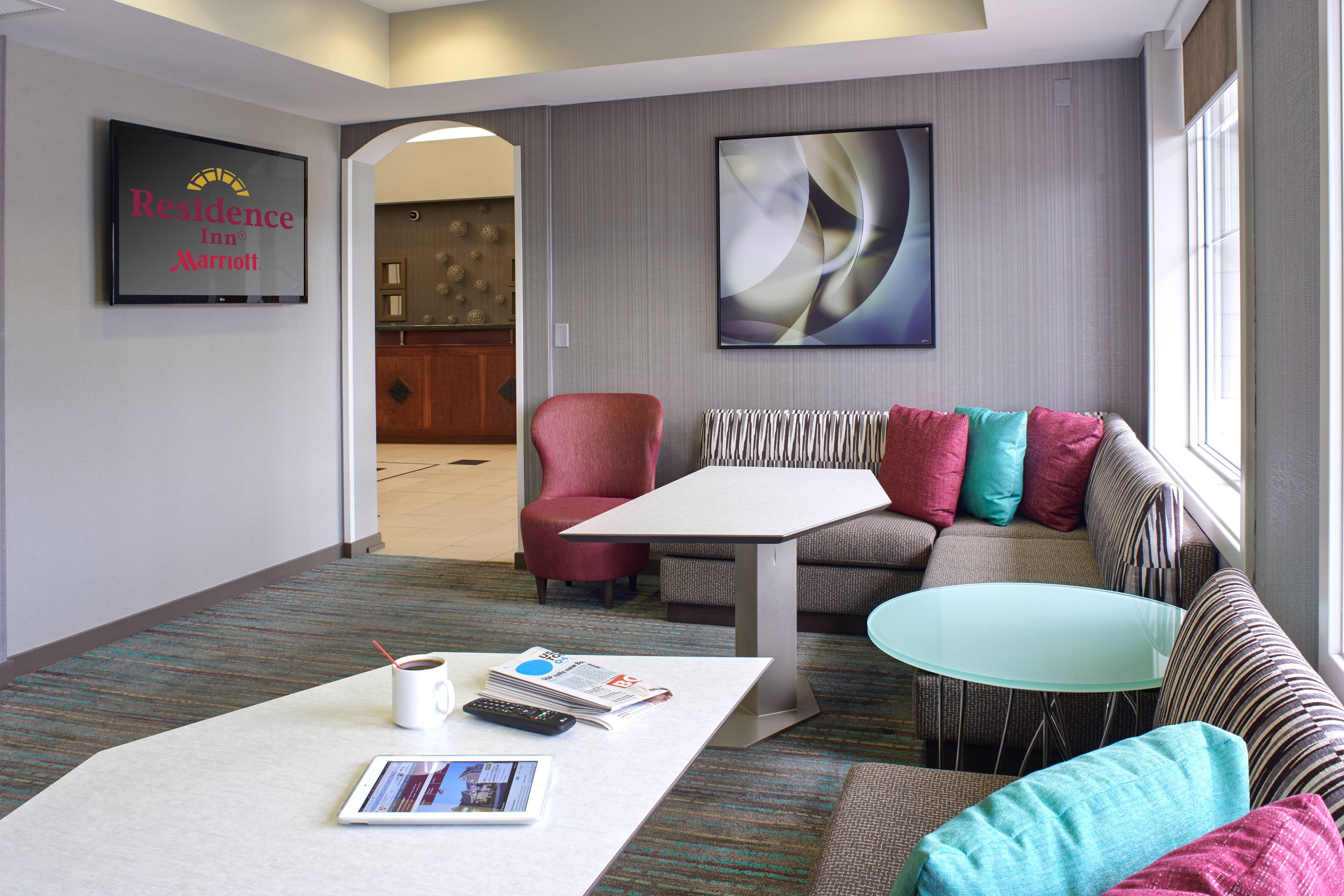 Saginaw hotel lobby seating area