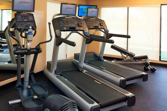 Saginaw, MI hotel with gym