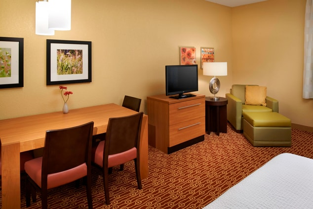 Saginaw, MI extended stay suite