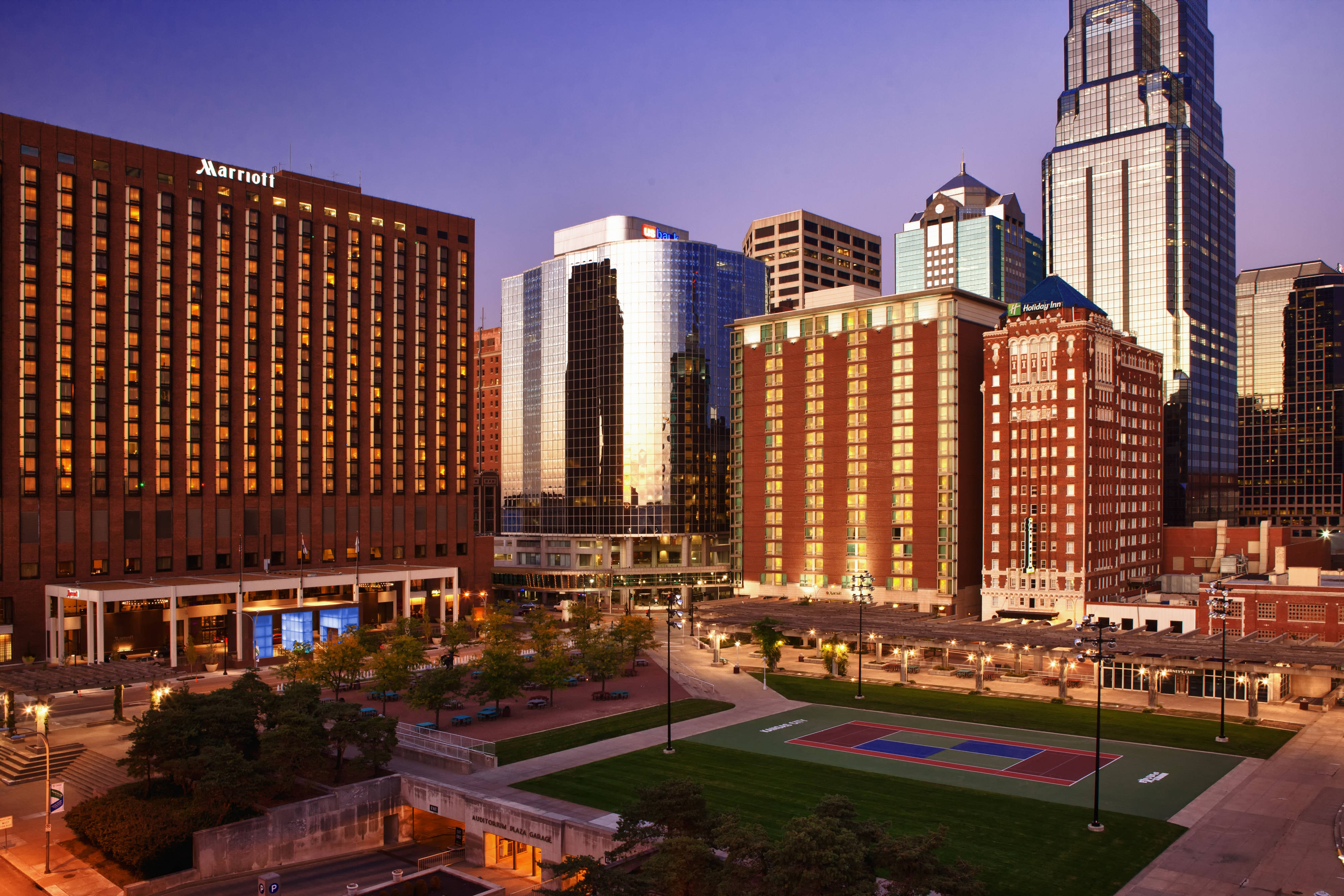 Downtown Kc Hotels Hotels Near Bartle Hall