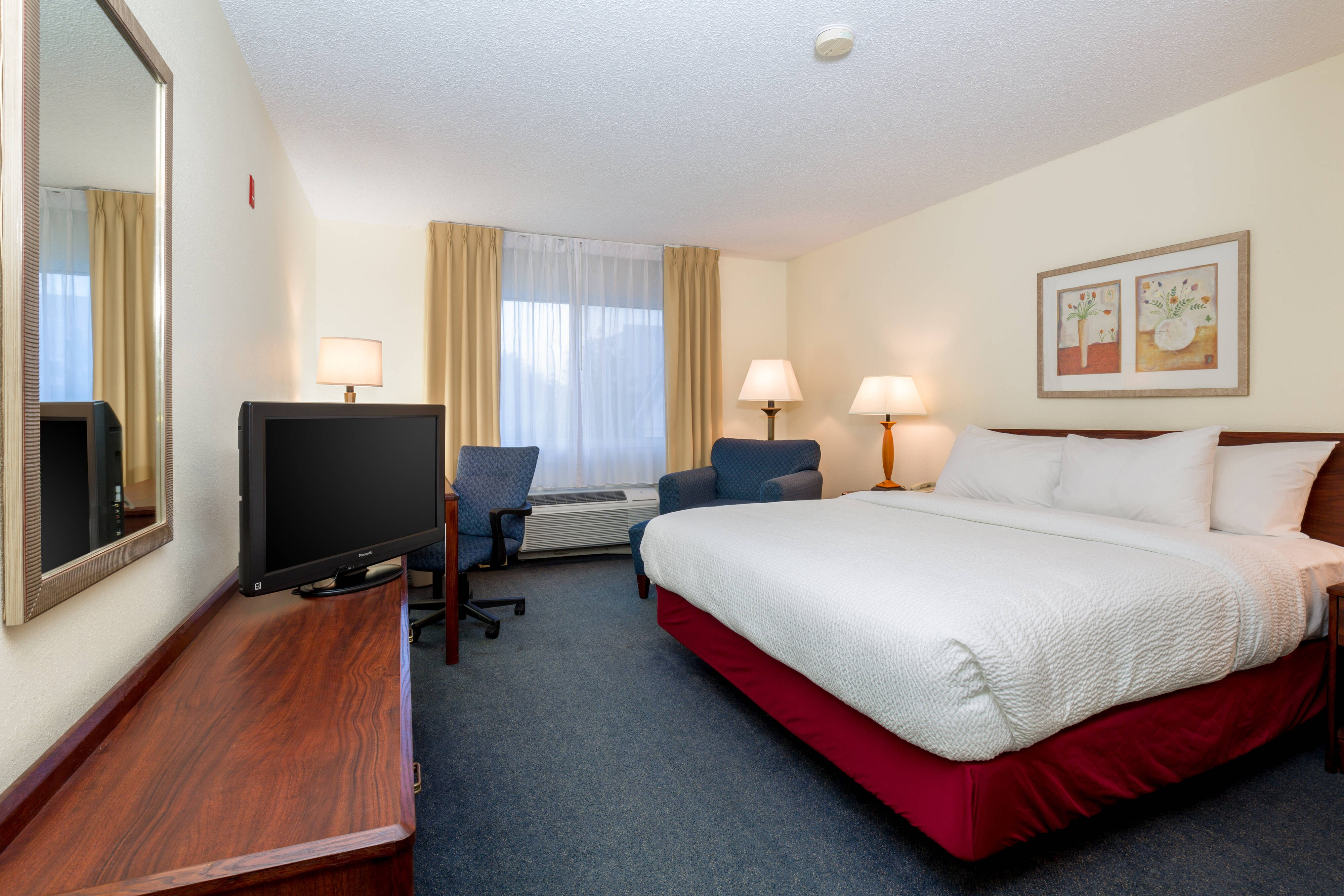 Independence Missouri King Guest Room