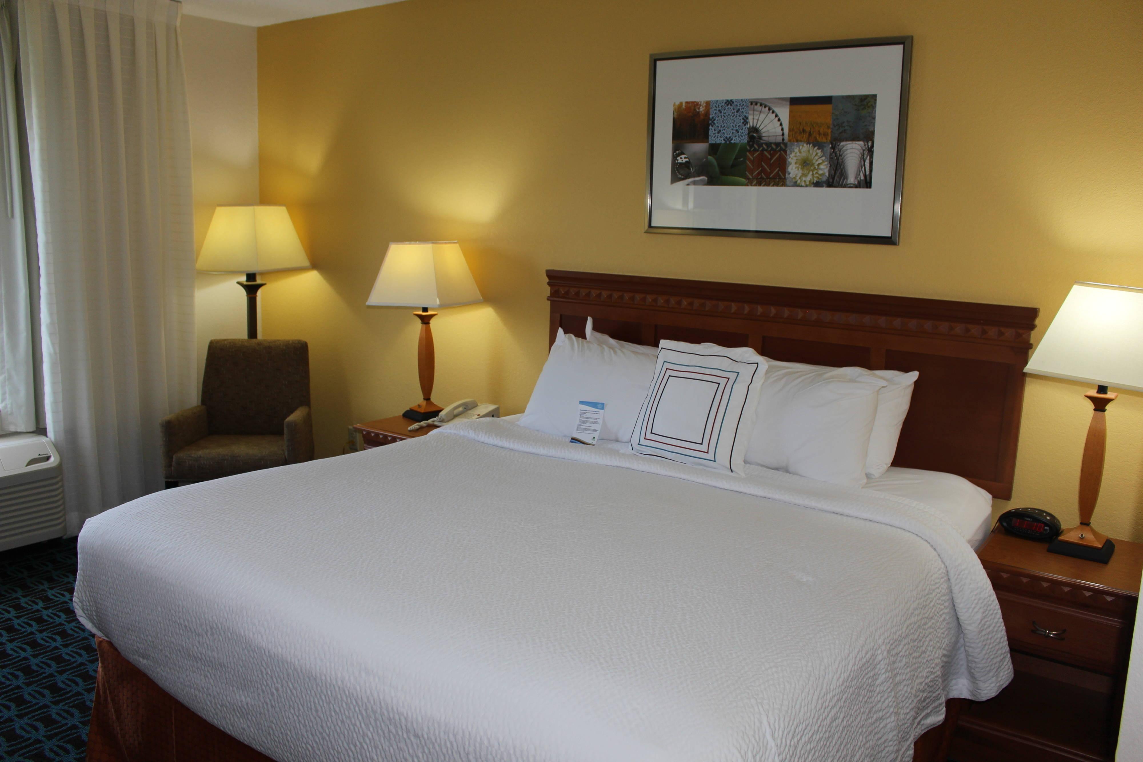 King Guest Room - Bedroom