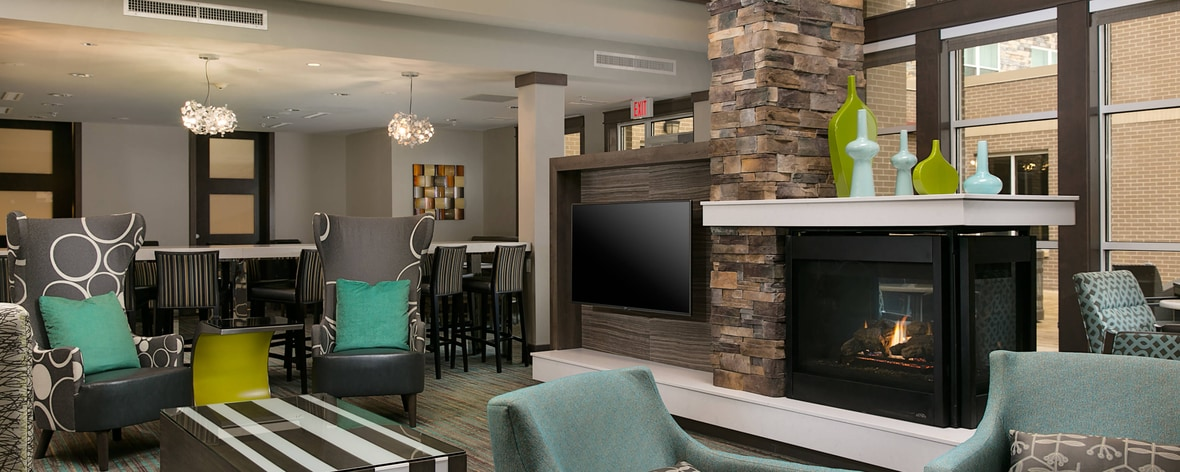 Inviting Lobby Area with Fireplace