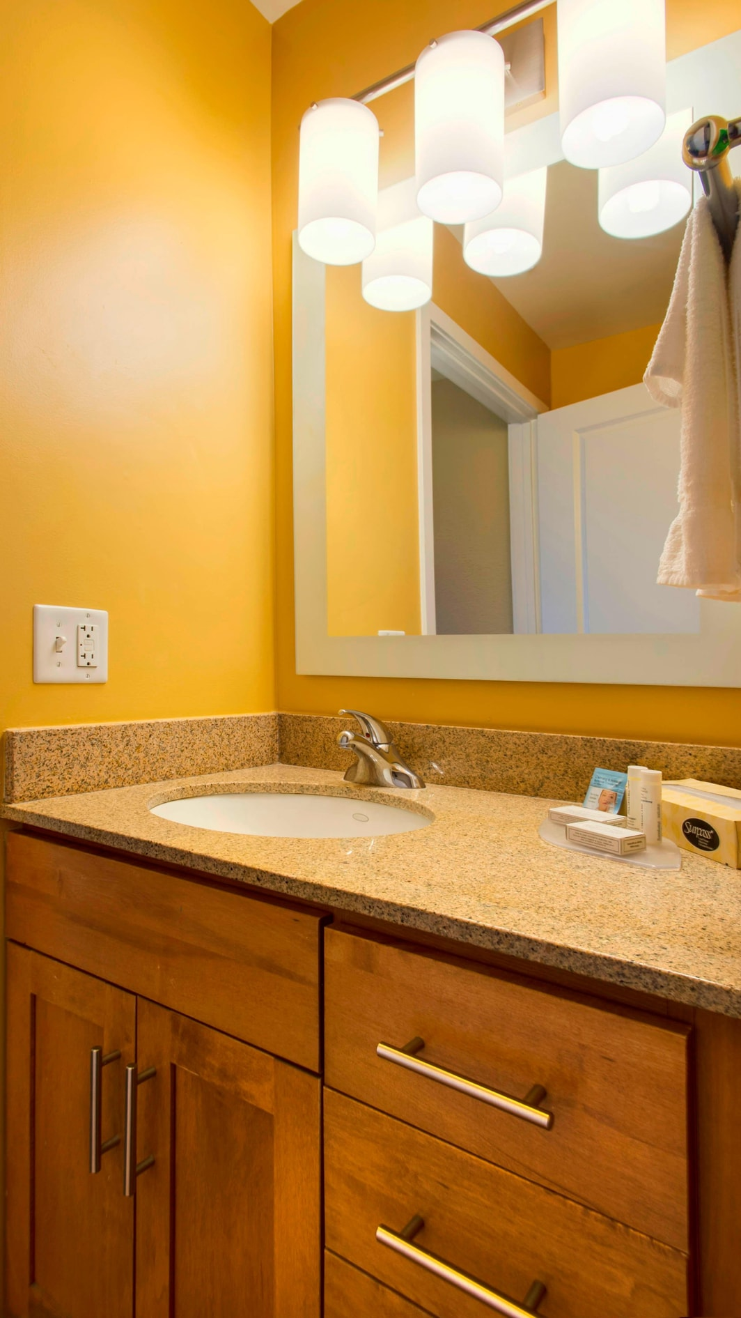 Towneplace Suites Bathroom, Overland Park