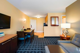 Townepalce Suites, Overland Park