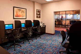 Orlando Airport Marriott – Business Center
