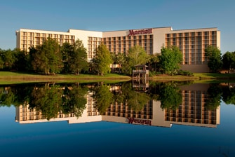 Orlando Airport Marriott Exterior