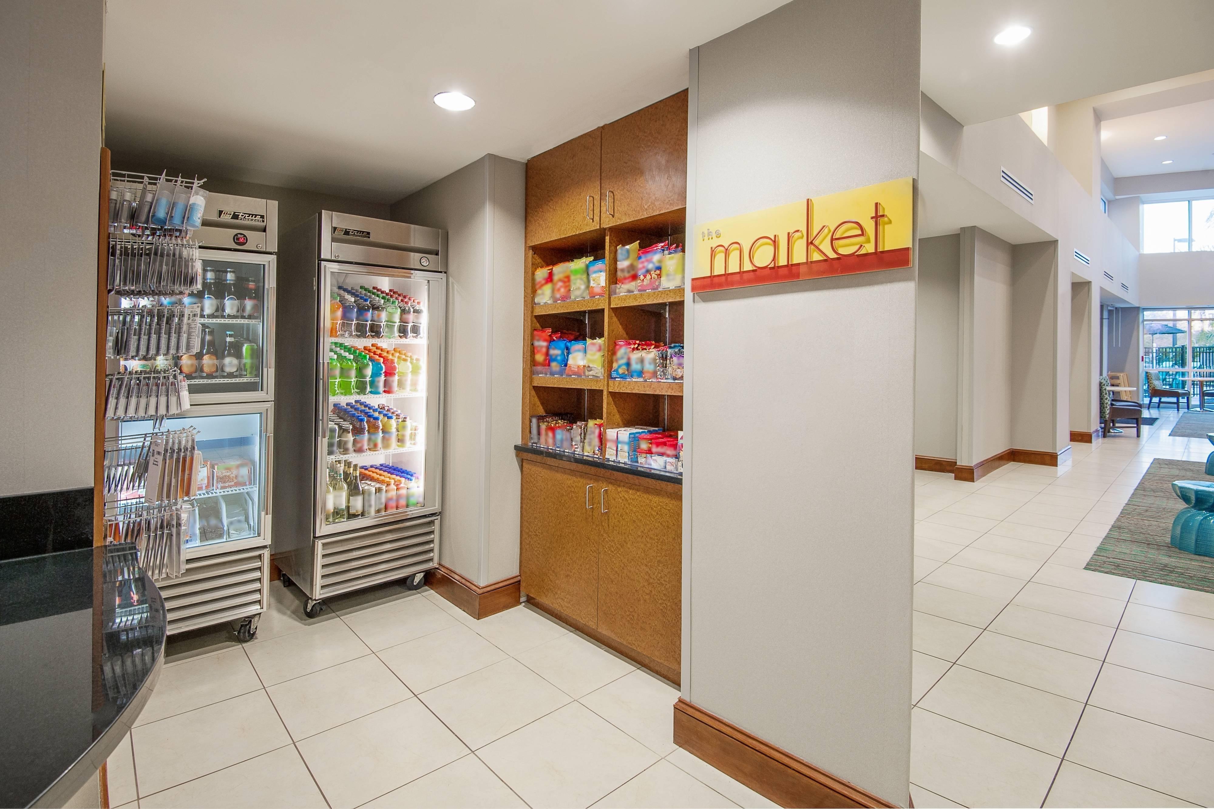 Mercado abierto las 24horas