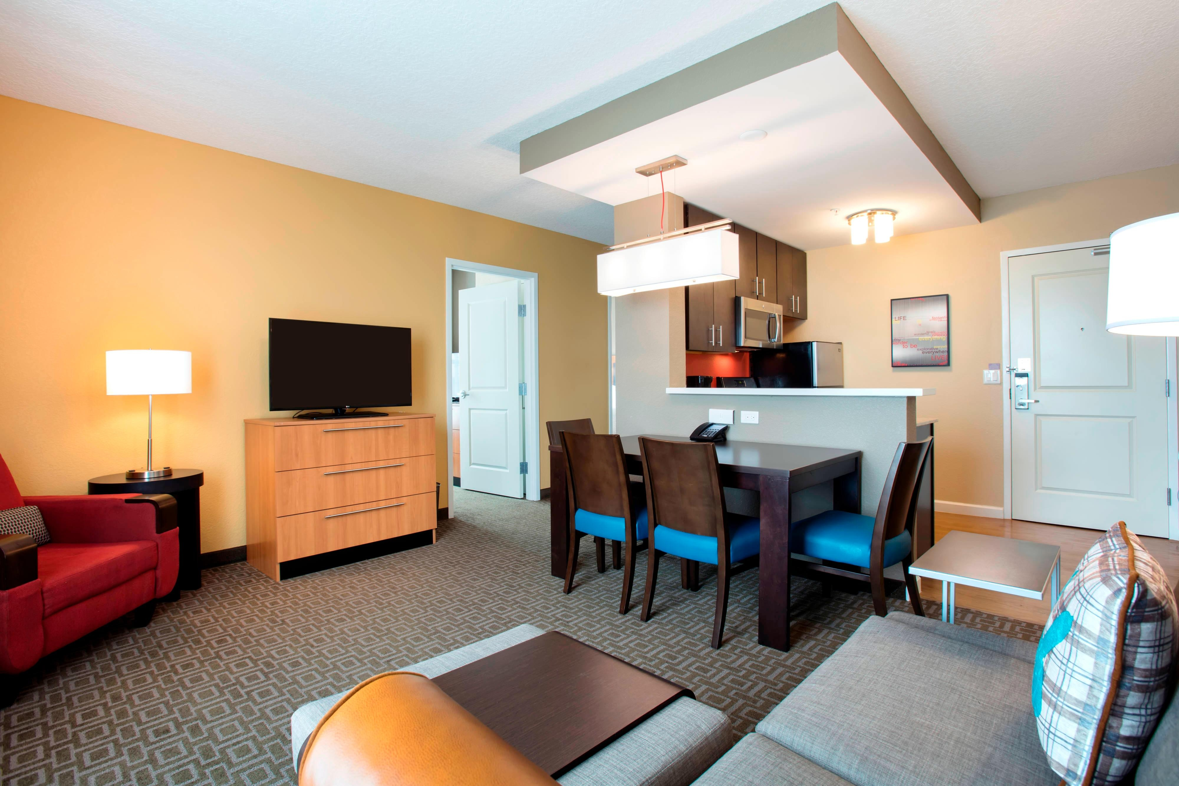 Hotel Suites Near Disney World Towneplace Suites Orlando At Flamingo Crossings