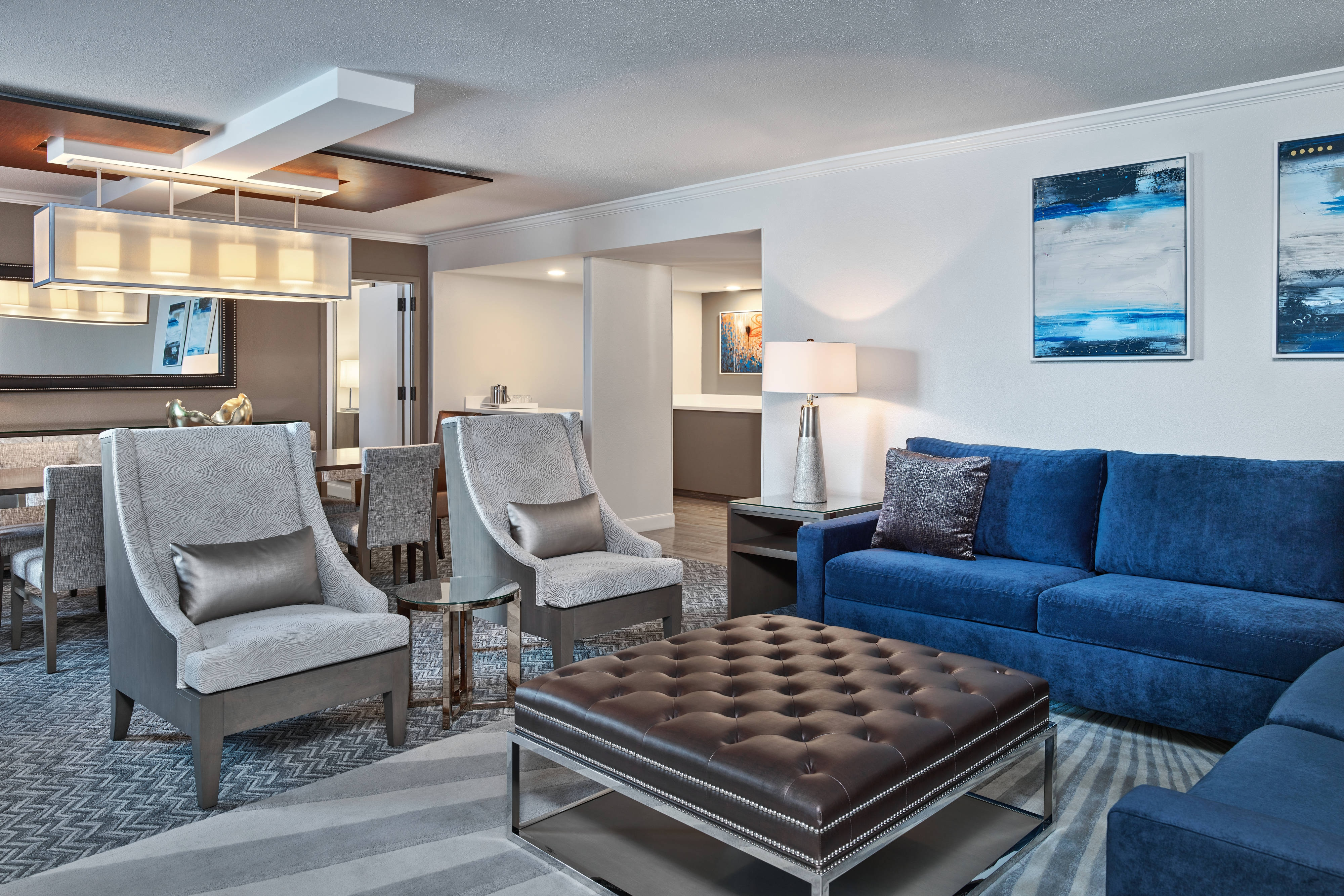 Grand Suite - Parlor Living Room