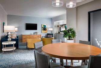 Executive Suite - Parlor