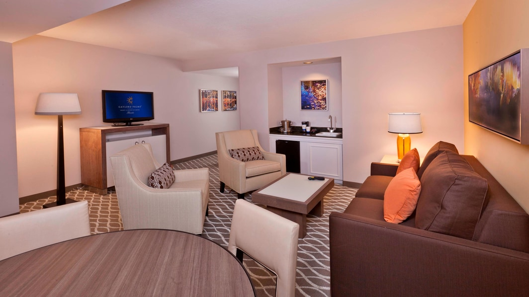 Gaylord Palms Deluxe Suite