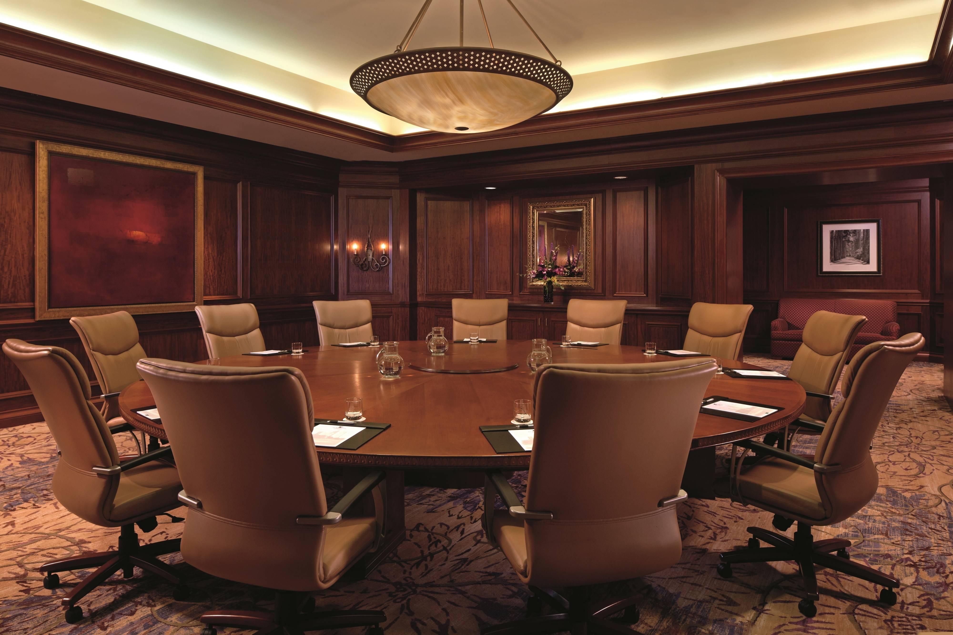 Grande Lakes Meeting Space