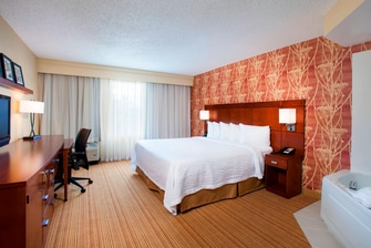 Downtown Orlando hotel spa room