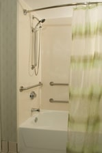 Accessible Bathroom – Shower & Tub