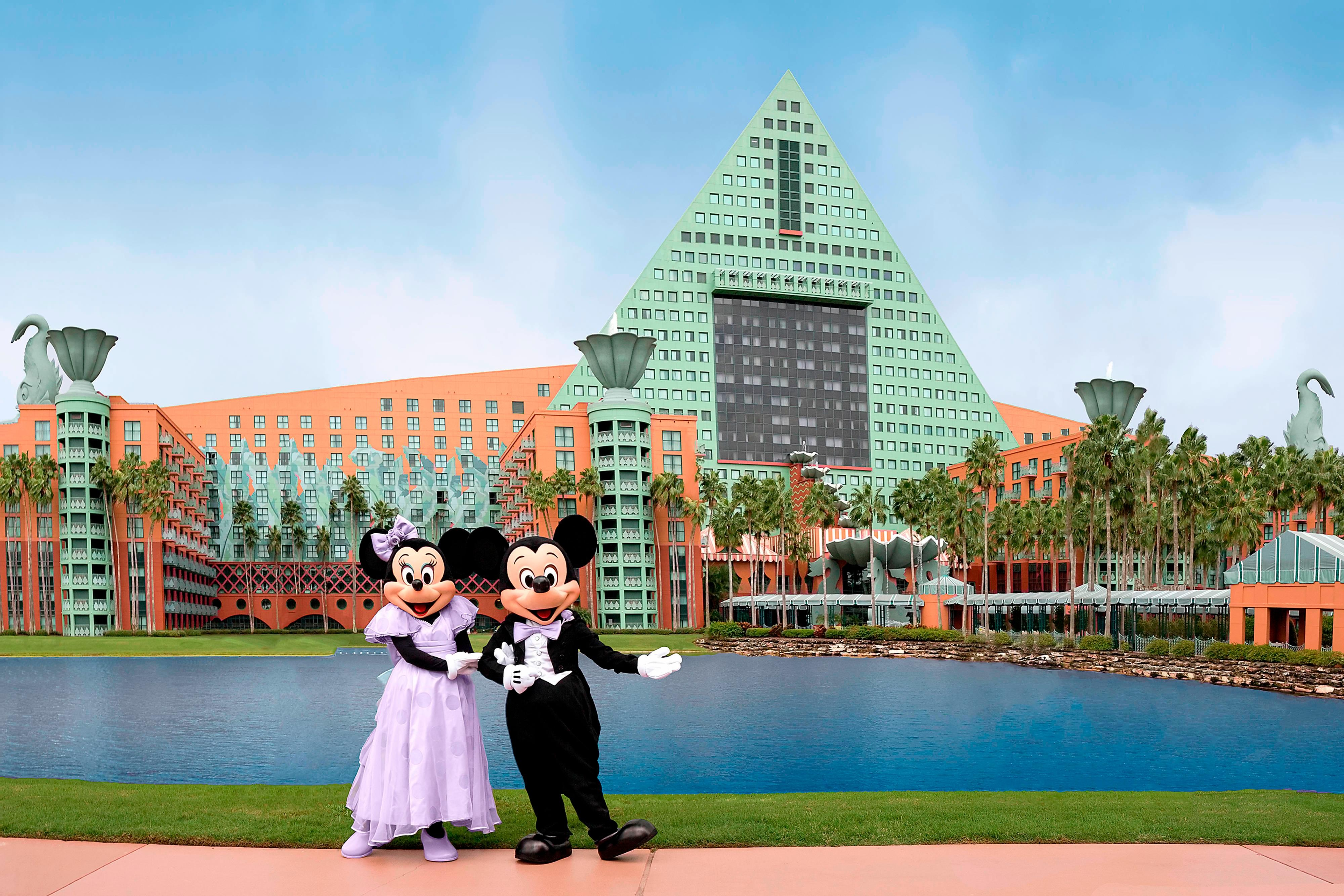 Mickey and Minnie Wedding - Lake Terrace