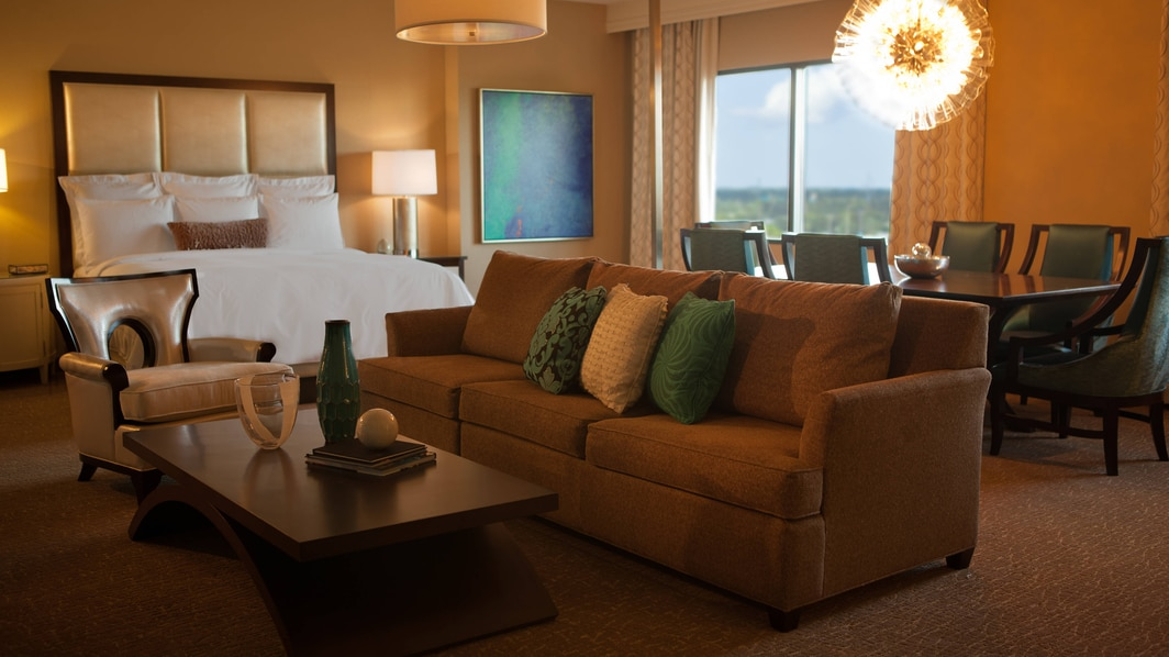 Orlando Hotel King Suite