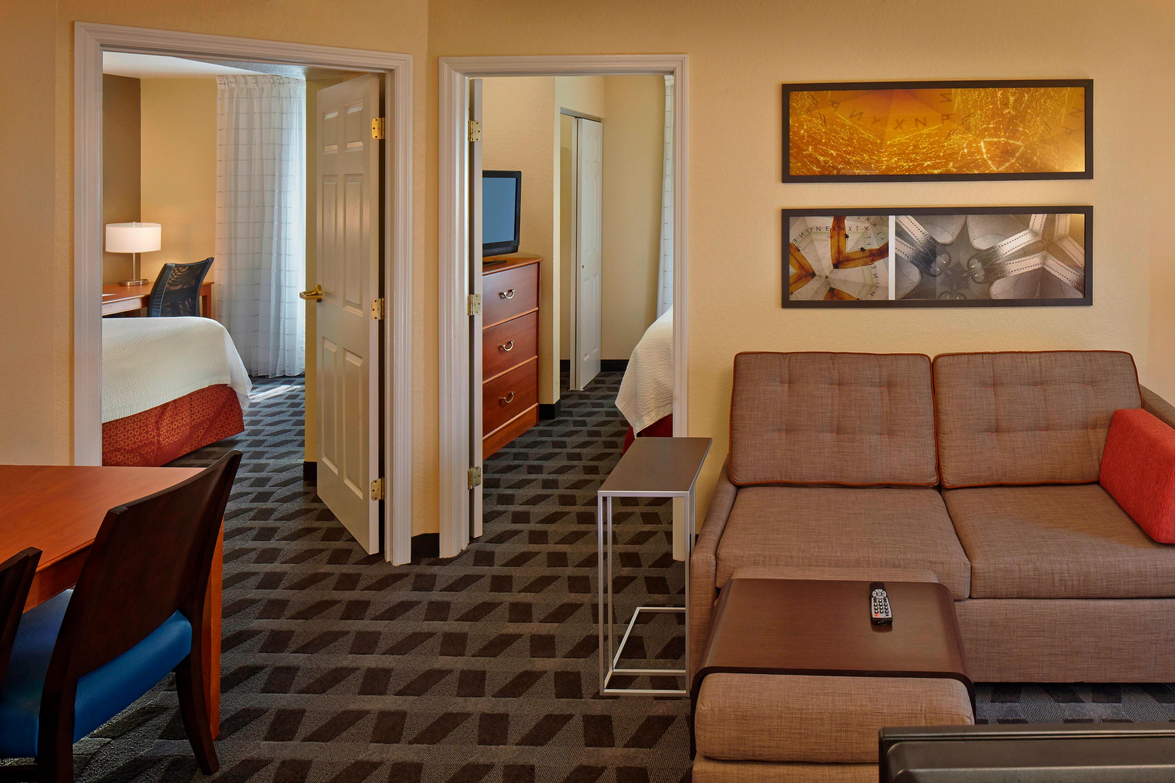 towneplace suites orlando east  ucf area hotel amenities
