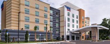Fairfield Inn  Suites Orlando East/UCF Area