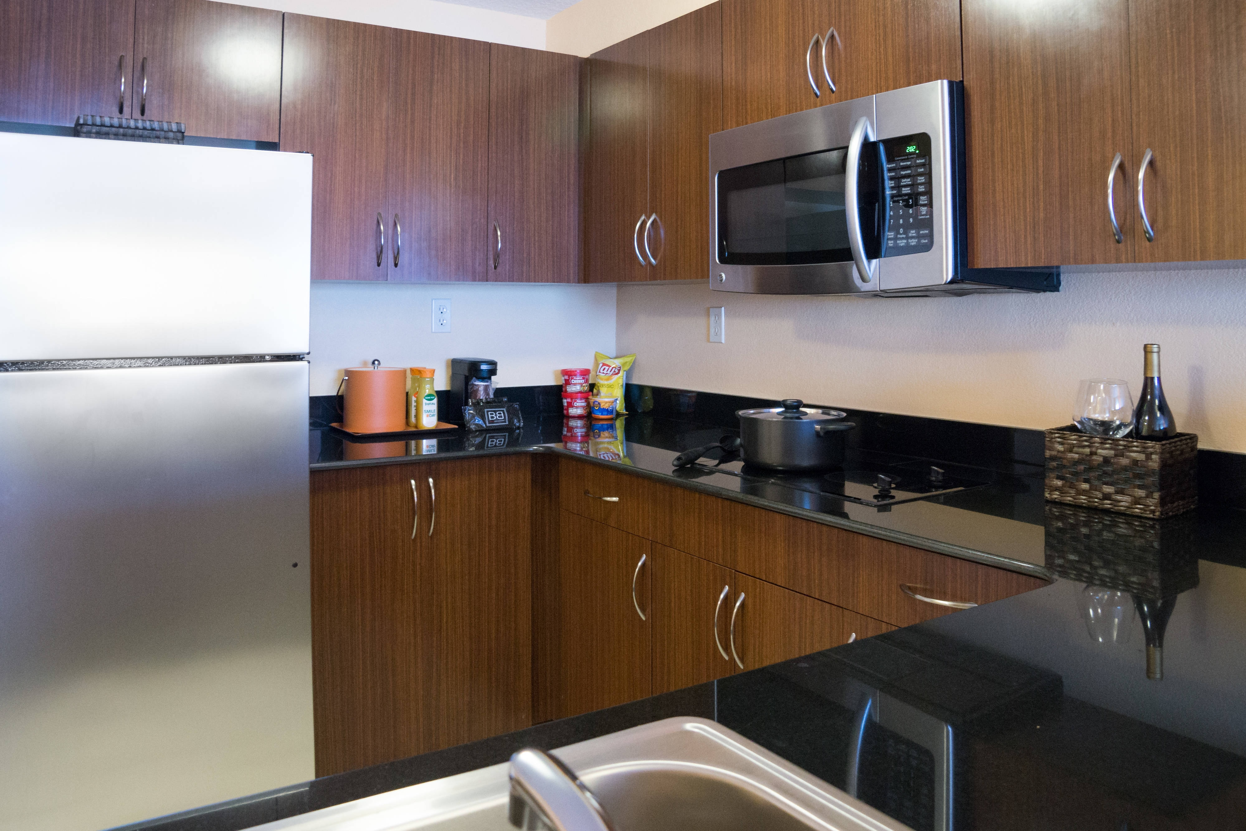 Executive King Suite - Kitchen