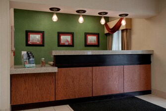 Joliet Illinois Hotel Front Desk