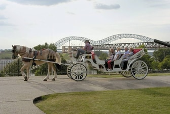 Downtown Memphis – Carriage Ride