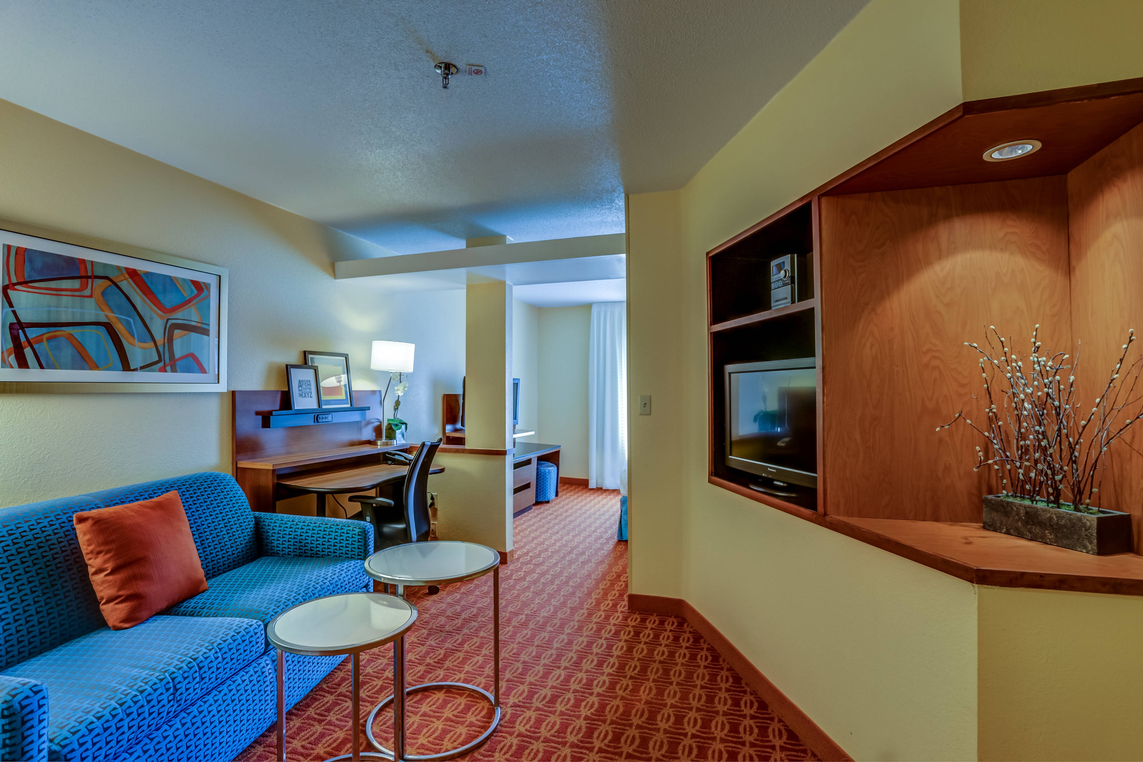 Fairfield Inn & Suites hotel room, Memphis hotel room