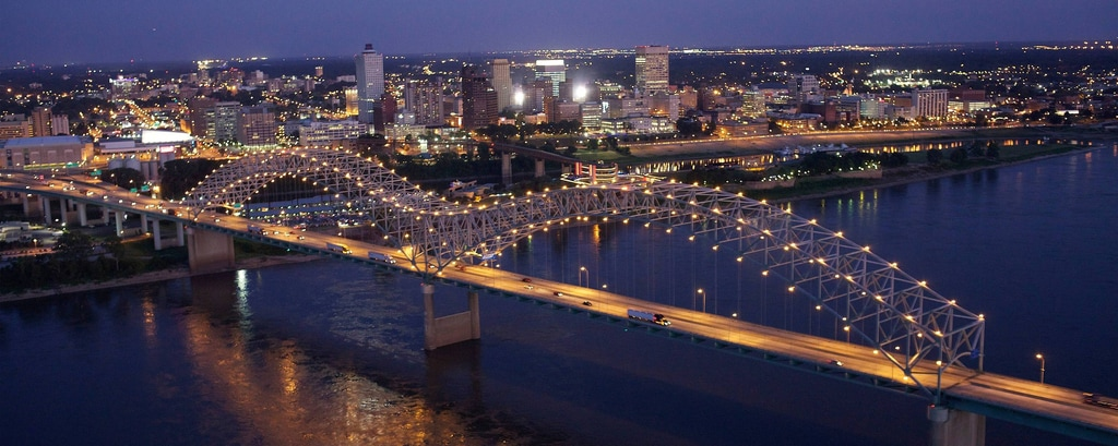 Memphis Tennessee skyline, downtown view