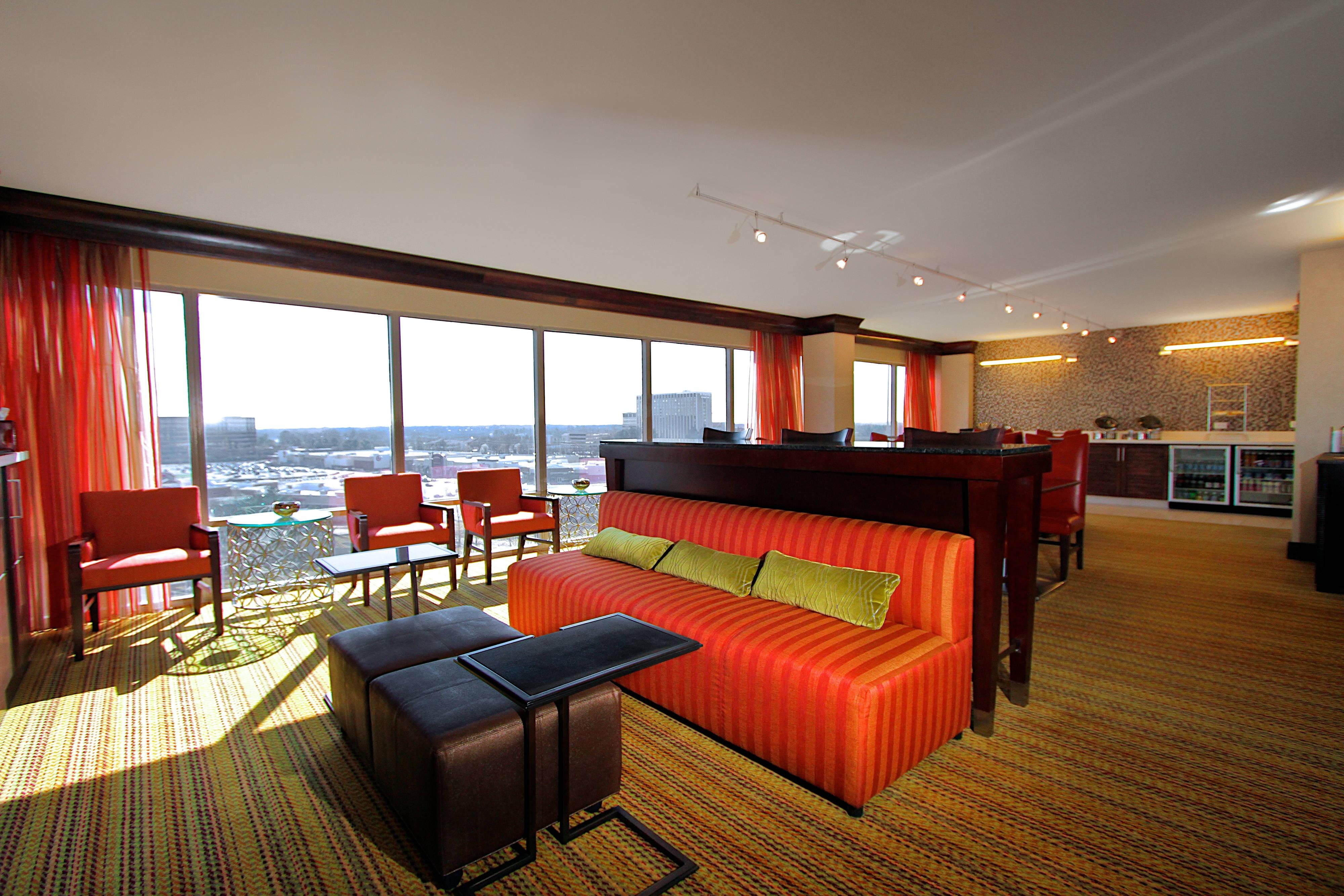 Memphis Hotel Concierge Lounge