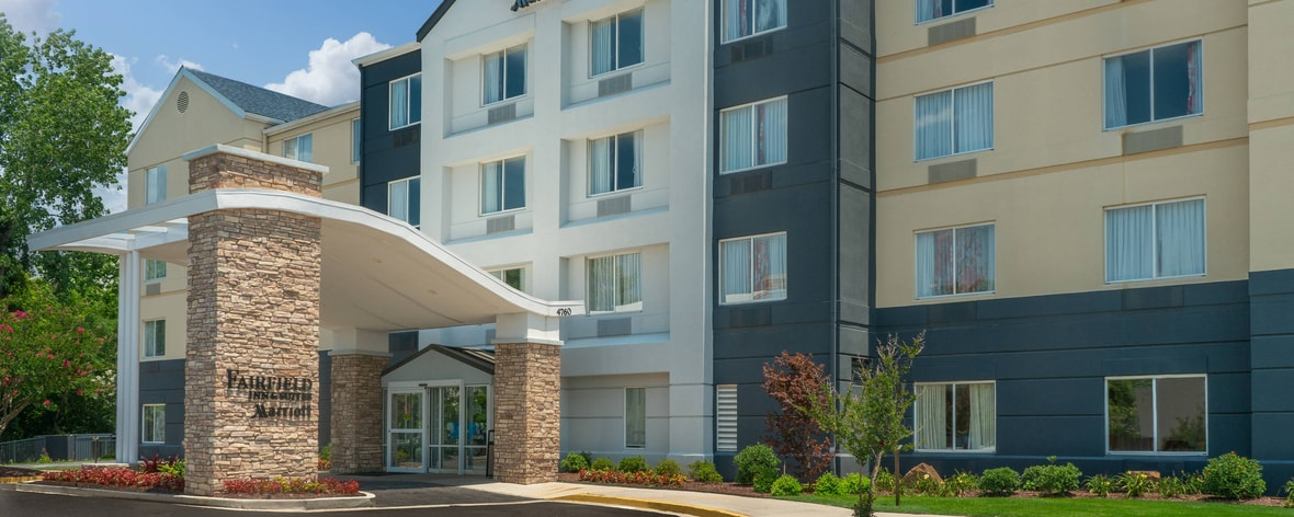 Memphis Hotels Near Graceland Fairfield Inn Suites Memphis Hotel
