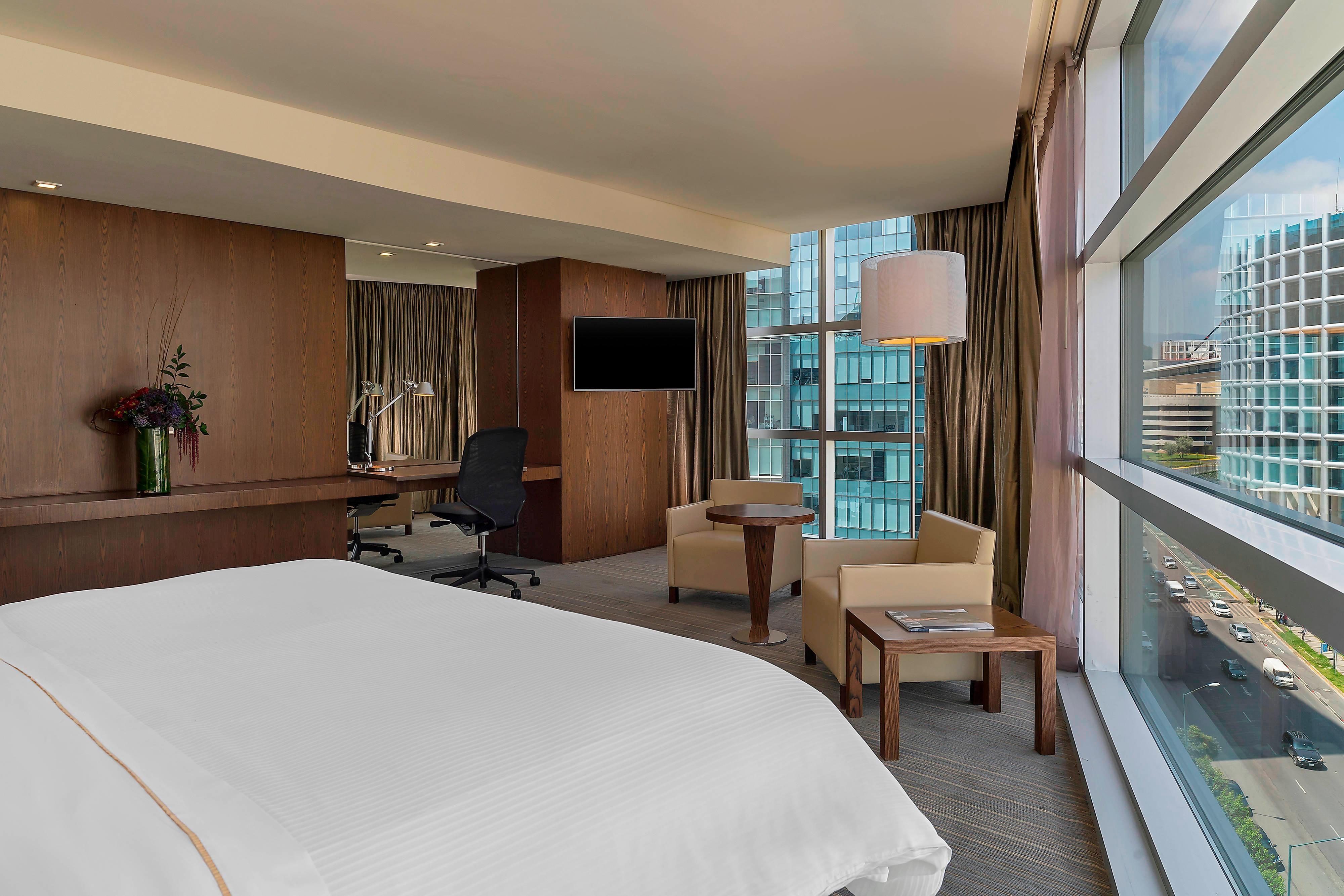 Premium Suite City View