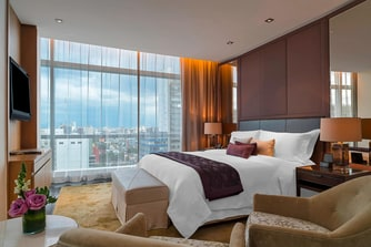 Luxury Suite - Bedroom