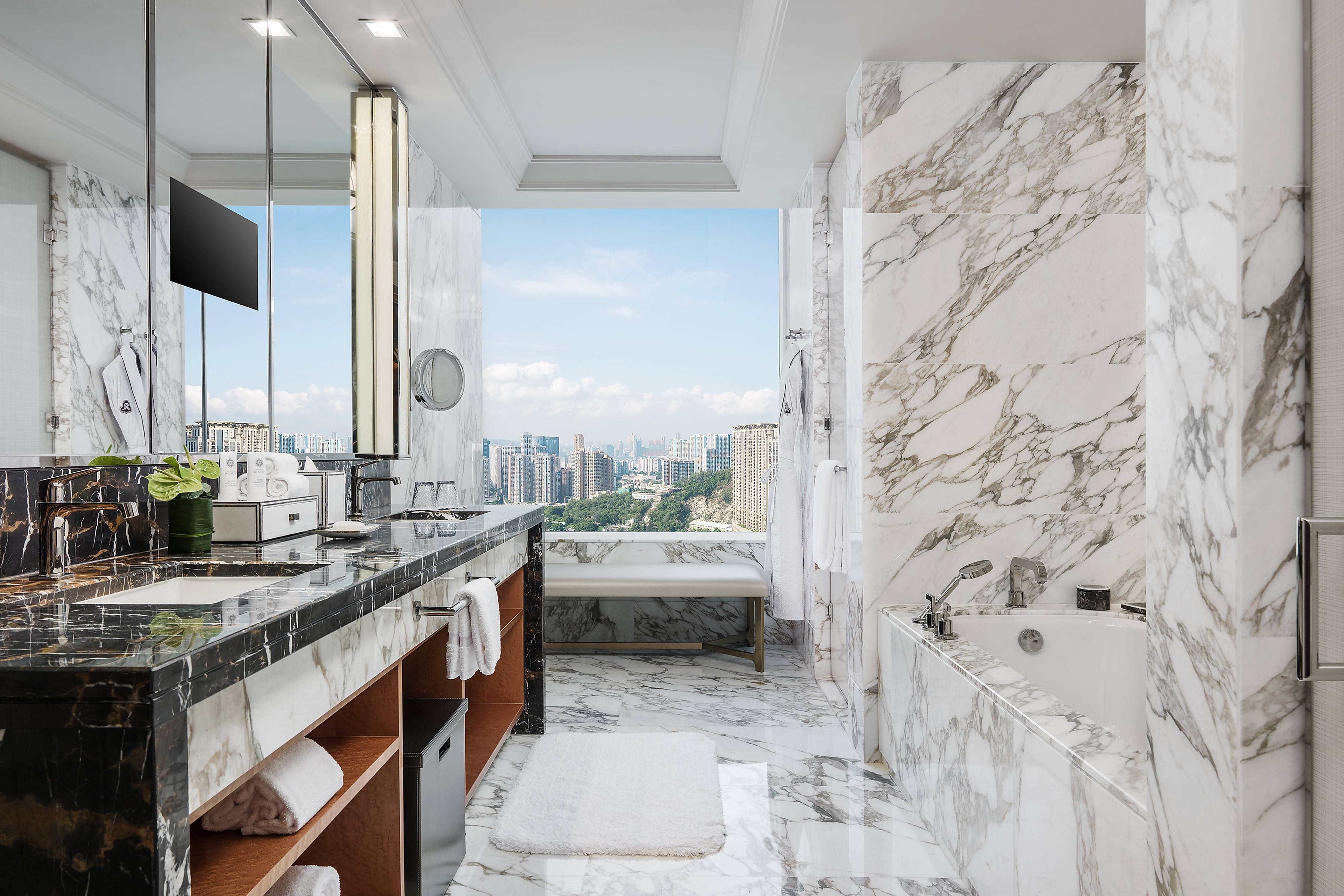 Empire Suite - Bathroom