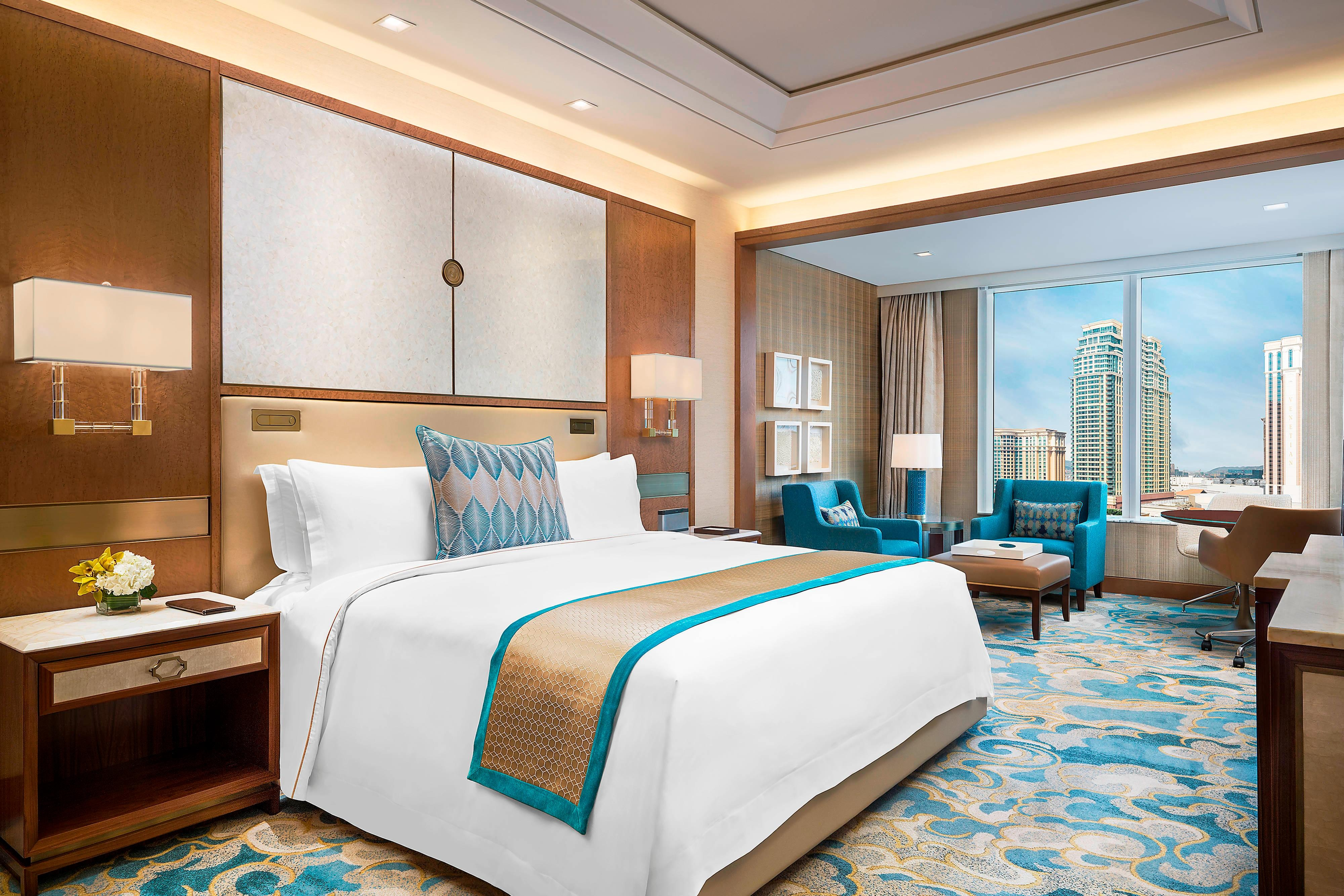 Cotai Deluxe King Guest Room