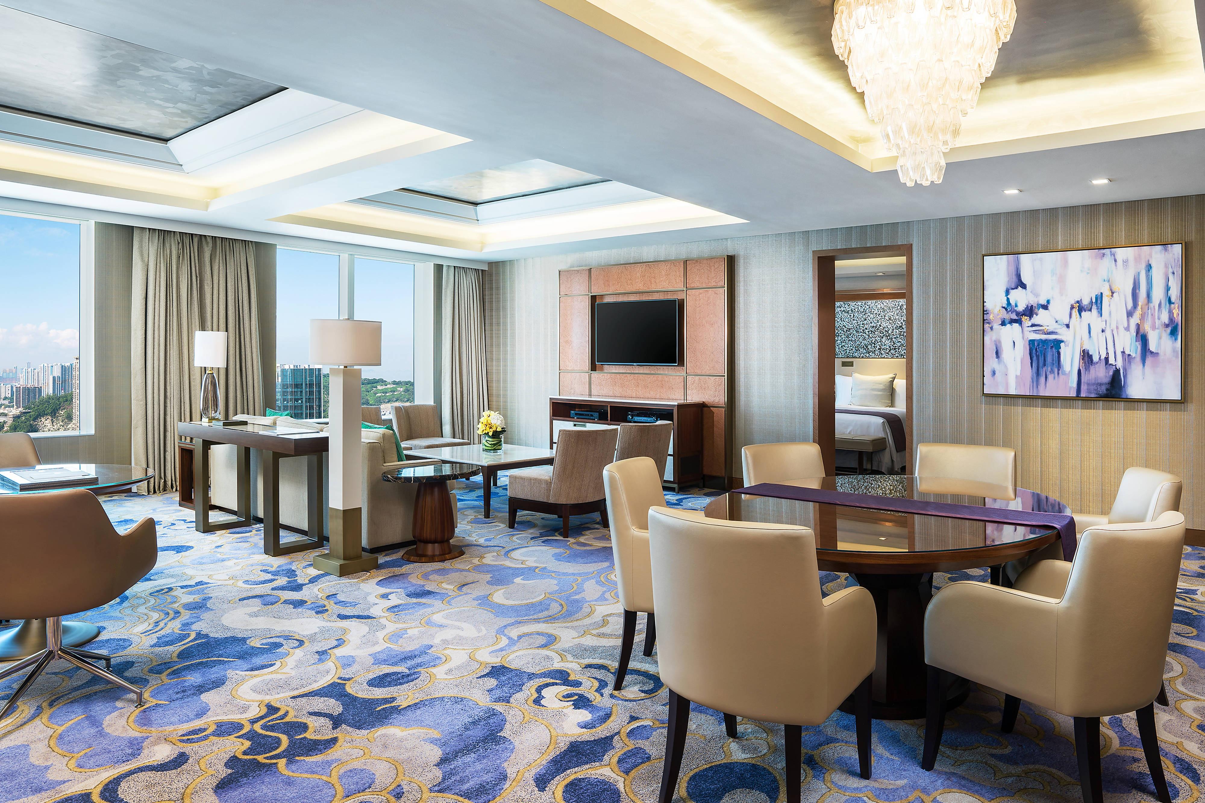 Empire Suite - Living Room