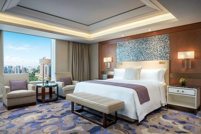 Empire Suite - Bedroom
