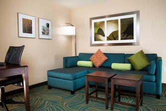 Medford Oregon Hotel Spacious Suite