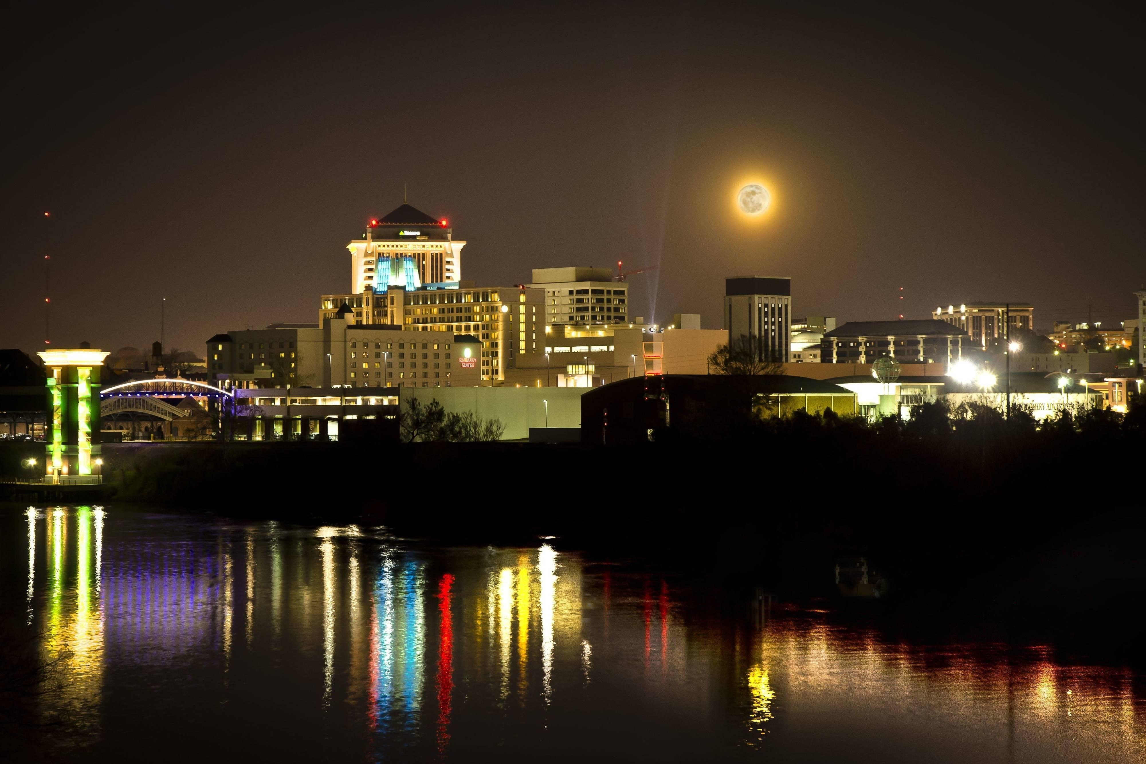 Montgomery Alabama Skyline Super Moon