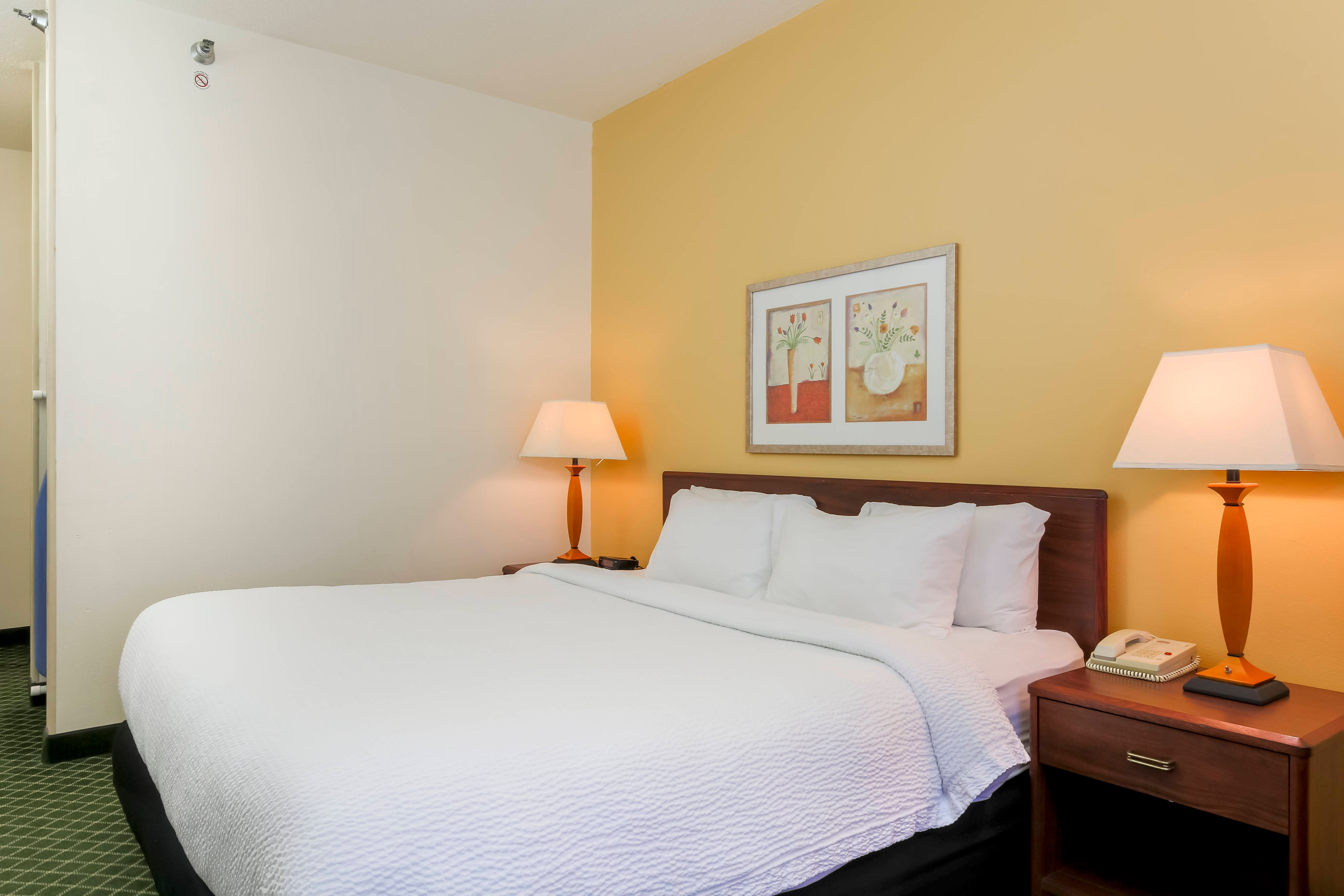 Uniontown Pennsylvania Queen Guest Room