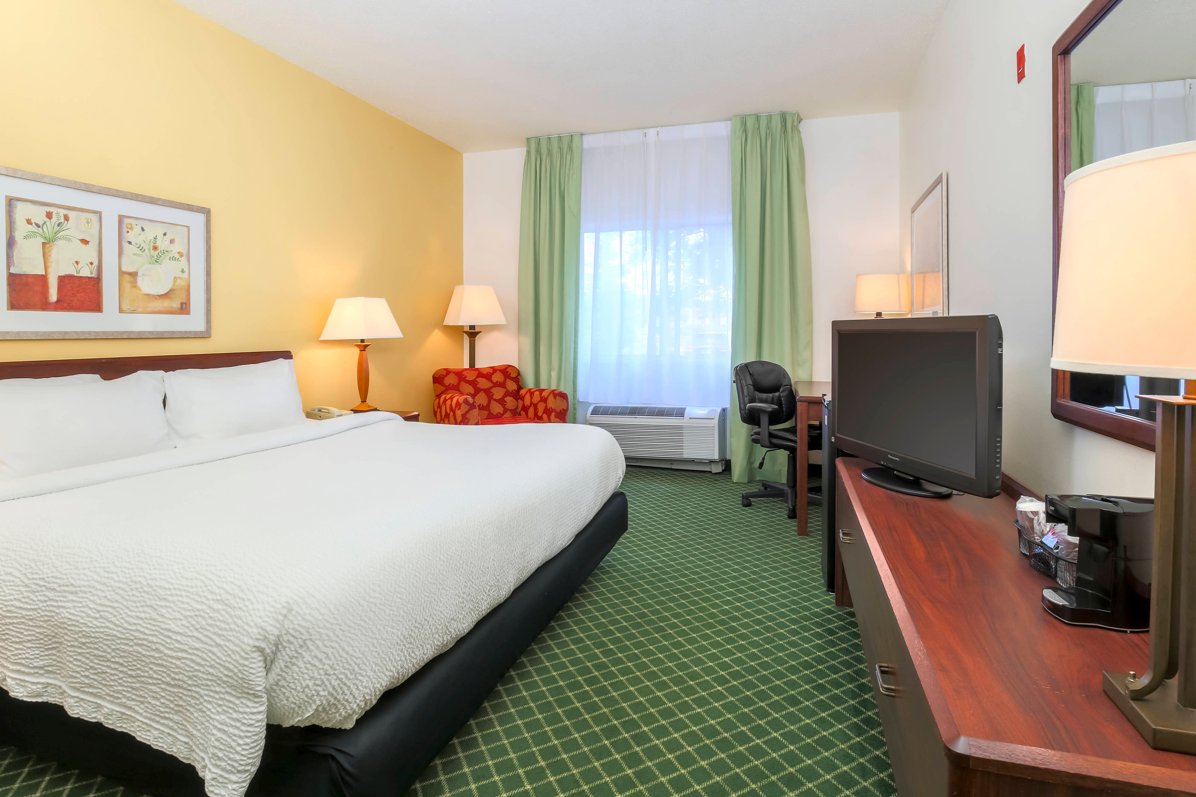 Uniontown Pennsylvania King Guest Room
