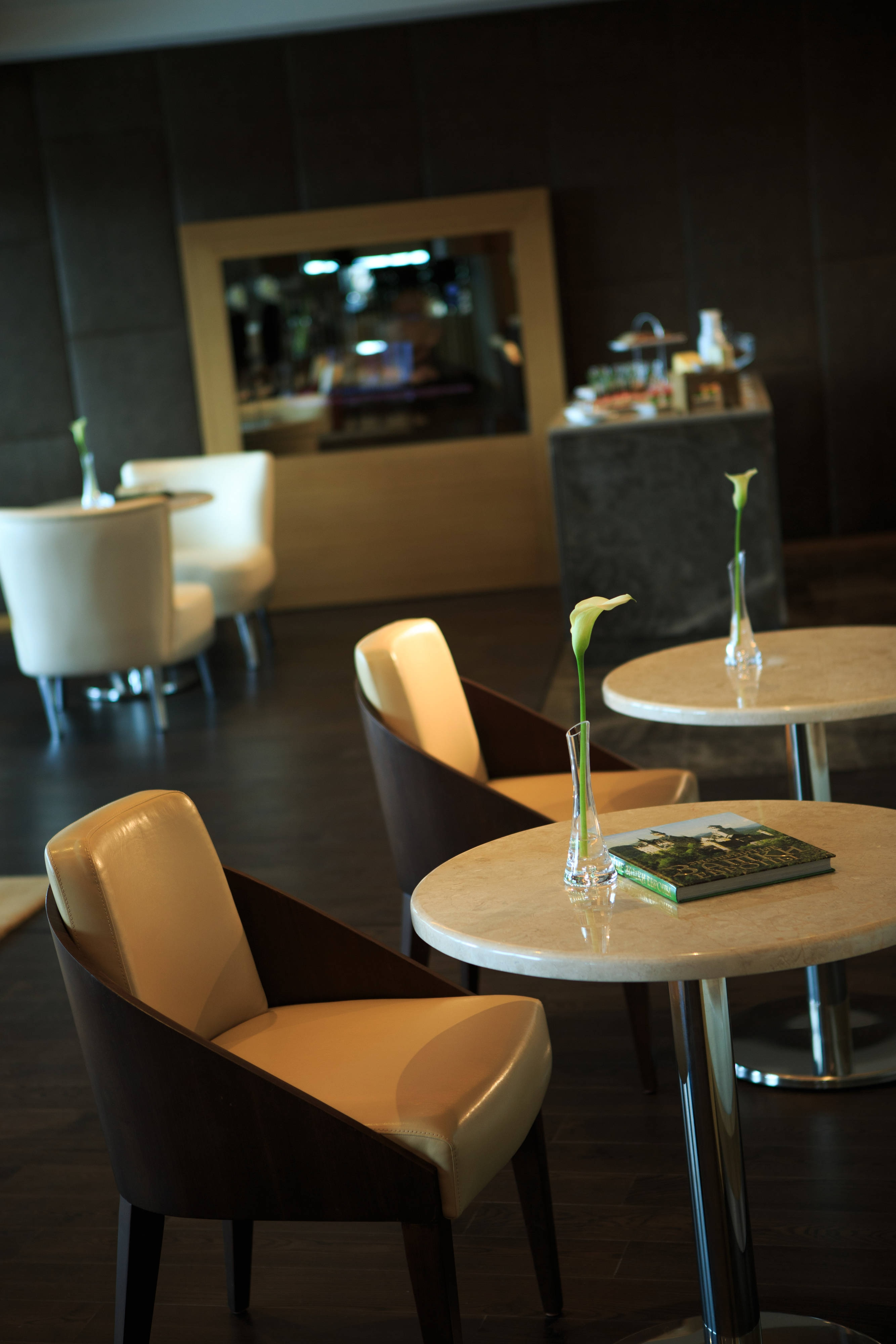 Club level lounge in Minsk Hotel
