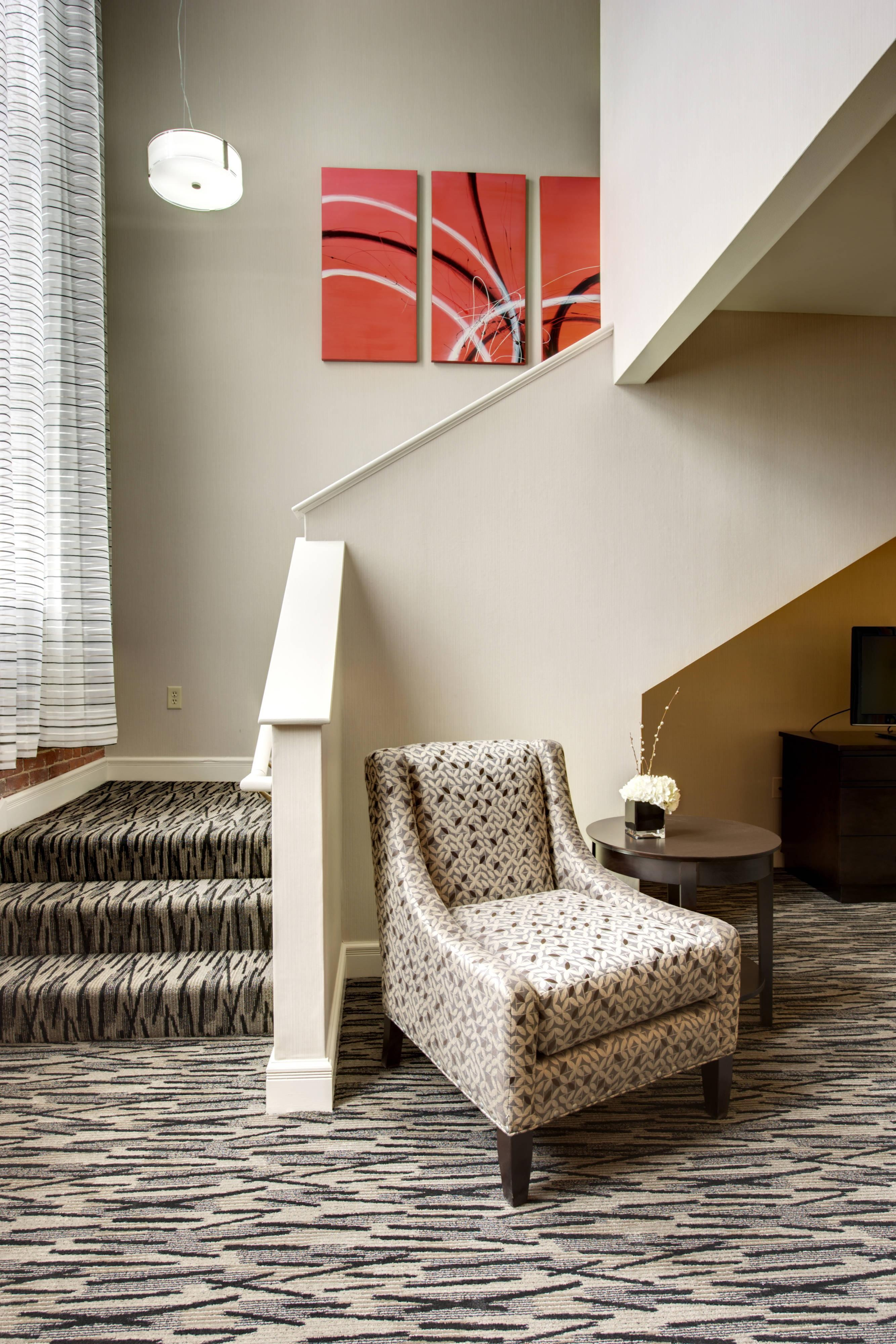 Keene Downtown Hotel Executive King Suite